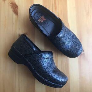 Women's Dansko XP Pro Leather Non-slip Clogs 37-7